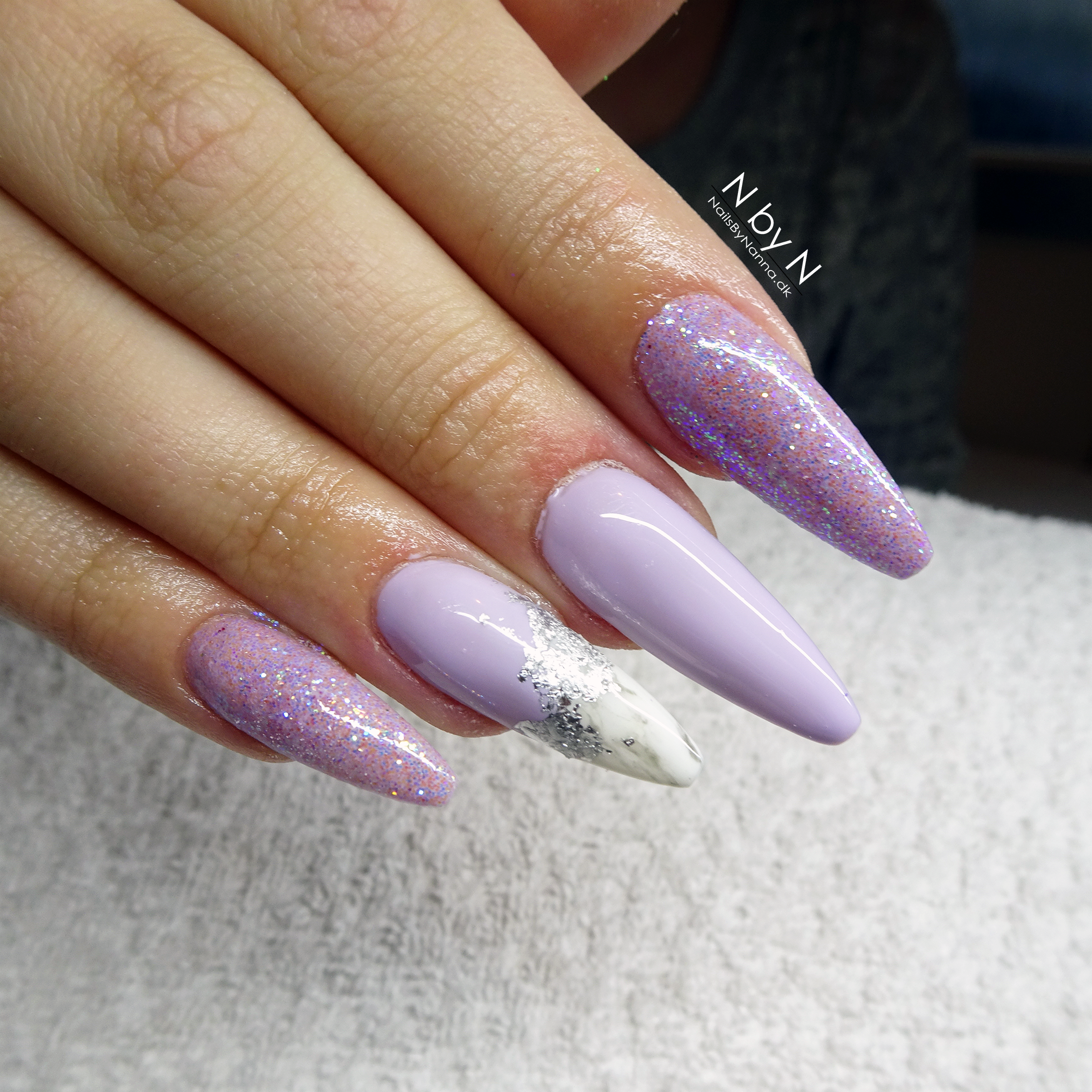 glitter marble nails